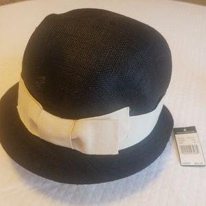 NWT Ralph Lauren Black  Cream August Hat